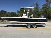 New 2018 Robalo 246 Cayman Bay Boat for sale