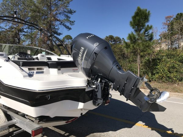 A 21 H2O Outboard Bowrider is a Power and could be classed as a Bowrider, Deck Boat, Dual Console, Freshwater Fishing, High Performance, Saltwater Fishing, Sedan, Ski Boat, Wakeboard Boat, Runabout,  or, just an overall Great Boat!
