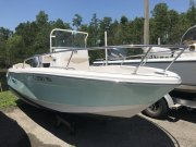Pre-Owned 2017 Robalo Power Boat for sale