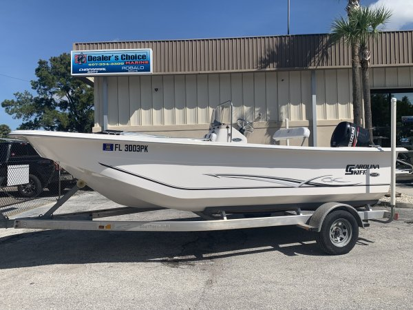 Carolina Skiff builds the finest flat bottom fiberglass boats on the market.  Get to the fish safely and comfortably no matter how shallow they are