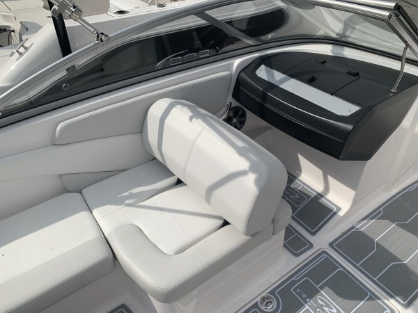A 1900 ES is a Power and could be classed as a Bowrider, Dual Console,  or, just an overall Great Boat!